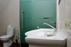 Sodybos Varėnos rajone vonia - Dzūkijos uoga