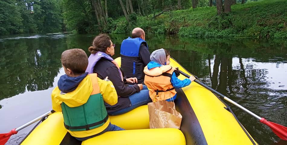 Boat trip with kids in Druskininkai Lithuania - Dzūkijos uoga