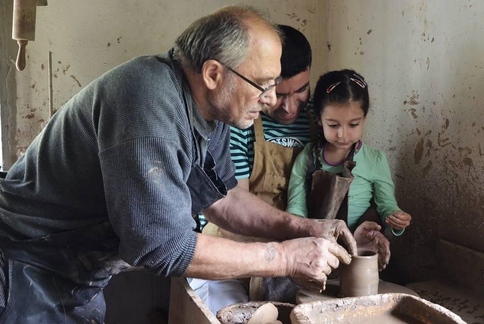 Juodosios keramikos pamokos sodyboje