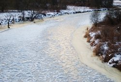 Merkio upė žiemą