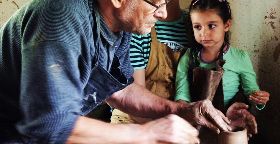 Фото : Чем заняться в Друскининкай зимой с детьми - эдукационные программы керамики -Dzūkijos uoga