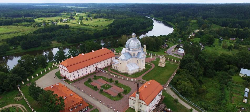 """Atostogos šeimai Lietuvoje. Liškiavos vienuolynas prie Druskininkų - """"Dzūkijos uoga"""""""