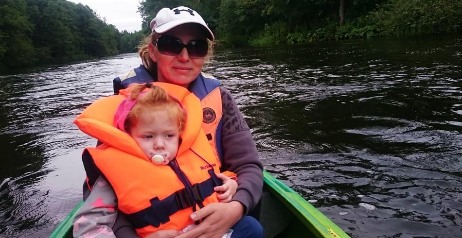Foto: Plaukimas baidarėmis su mažais vaikais Merkiu Dzūkijoje - Dzūkijos uoga